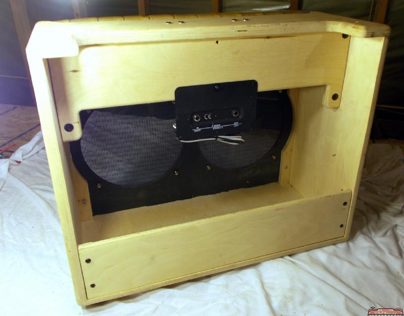 unfinished wood guitar amplifier cabinet holds two 10 inch speakers ebay. Black Bedroom Furniture Sets. Home Design Ideas